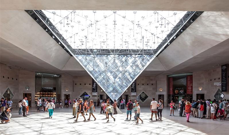 巴黎卢浮宫卡鲁塞勒购物中心焕然一新喜迎中国游客