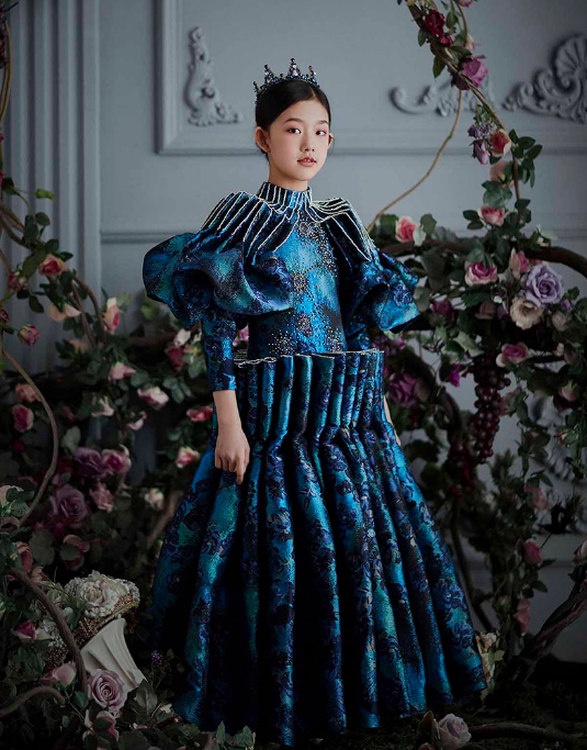 2019A/W中国国际时装周FLOWERNINE发布会