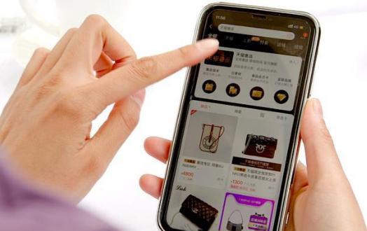 全球奢侈品品牌加速拥抱天猫,过去一年每周一个品牌入驻