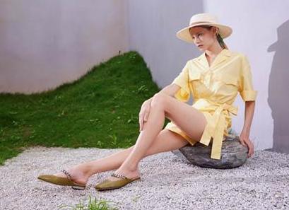 <b>NINE WEST夏季新款凉鞋,装扮轻巧高级感</b>