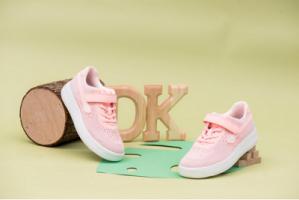 一双正确的儿童鞋,方能陪伴孩子健康前行