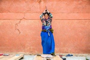 藏人一生的时间都在朝圣的路上 为此不惜丢掉性命
