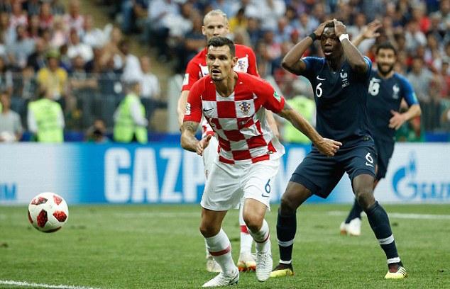 洛夫伦怼法国不是在踢足球
