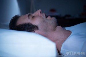 一觉睡到中午,原来坏处不少!人一天睡多久才好?