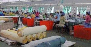 东南亚纺织服装厂举步维艰 原因为何?