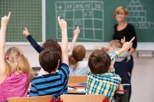 政策的风吹起了中国STEM教育,校内培训、校外培训谁更优?