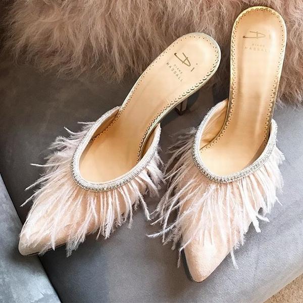 小众婚鞋品牌Diane Hassall  图片源自品牌官方ins