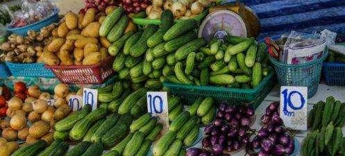 为何泰国人很少自己做饭?看到当地的菜市场才明白,都不想回国了