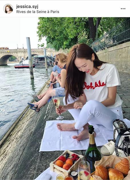 法国河边野餐