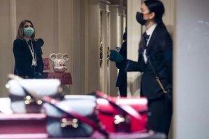 四大奢侈品集团一周市值蒸发超过2700