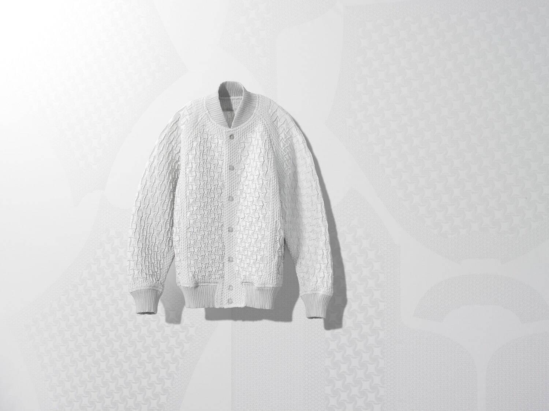 《【摩鑫公司】三宅一生又孵化了一个新品牌:A-POC ABLE ISSEY MIYAKE 在日本面世》